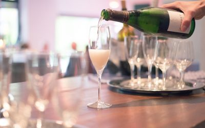 Unsere Weinbar ist wieder geöffnet